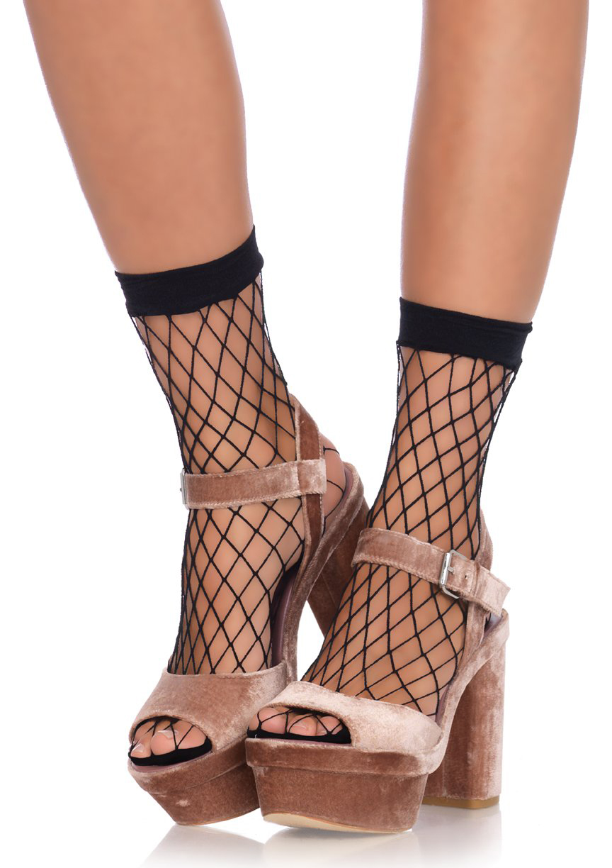 Diamond Net Anklet Socks  - in black