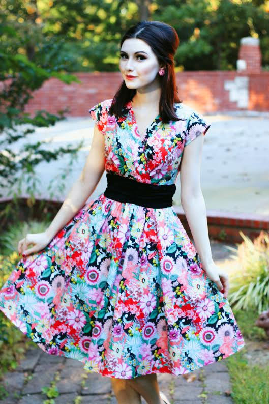 In Wonderland Floral Swing Dress by Folter / Retrolicious - SALE sz M & 3X only