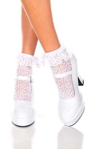 Crochet Heart Ruffle Ankle Socks- White