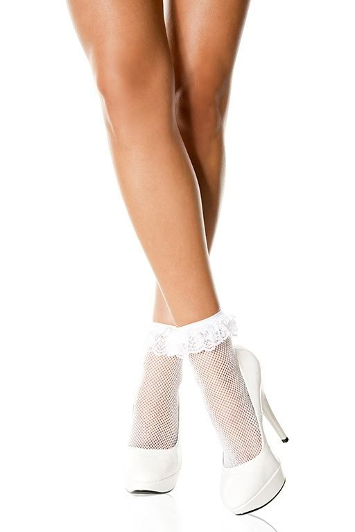 Fishnet Ruffle Ankle Socks- White