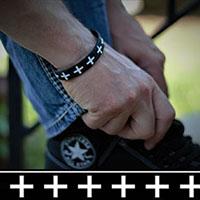 Don't Cross Me silicone bracelet by Punk Banz