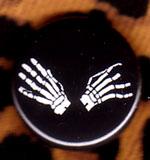 Skeleton Hands pin (pinZ157)