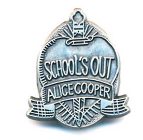 Alice Cooper- School's Out metal stick back pin (MP171)