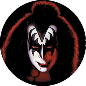 Kiss- Gene pin (pinX137)