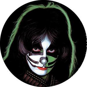 Kiss- Peter pin (pinX138)