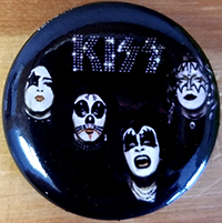 Kiss- First Album pin (pinx521)