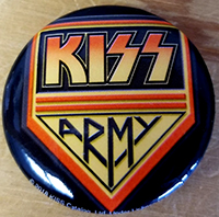 Kiss- Army pin (pinx525)
