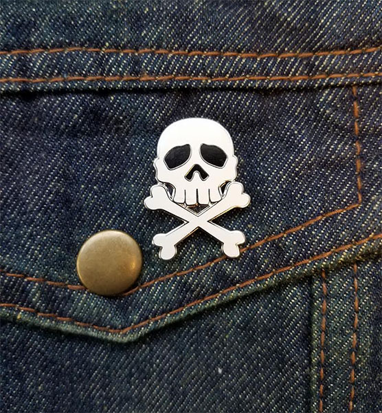 Captain Harlock Skull & Bones Enamel Pin