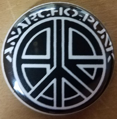 Anarcho-Punk pin (pinZ11)