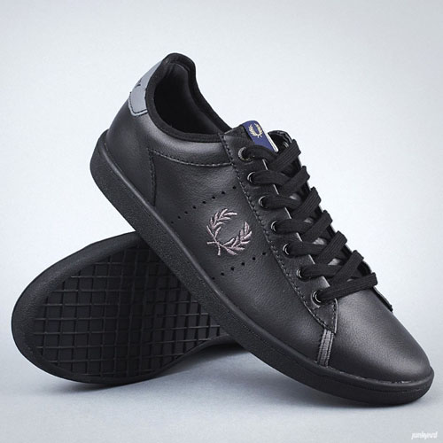westcliff leather sneaker by fred perry black cloudburst sale price. Black Bedroom Furniture Sets. Home Design Ideas