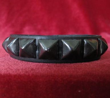 1 Row Pyramid Bracelet by Ape Leather (Black Leather/Black Pyramids)