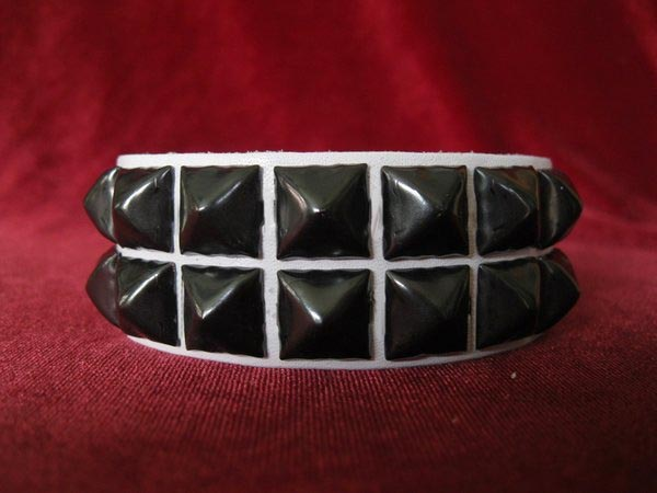 2 Row Pyramid Bracelet by Ape Leather (White Leather/Black Pyramids)