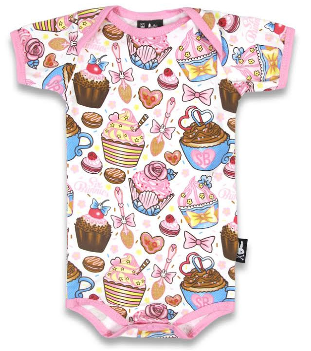 Cupcakes Onesie by Six Bunnies (S:0-3m, M:3-6m, L:6-12m, XL:12-18m)