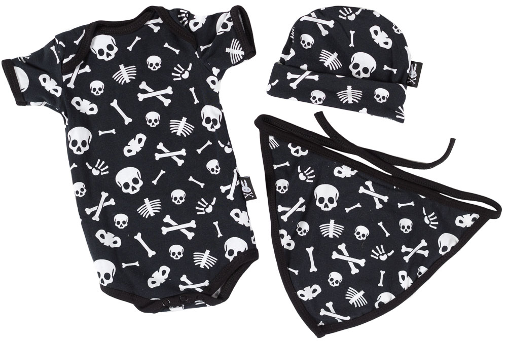 Skull & Bones Gift Set by Six Bunnies (S:0-3m, M:3-6m, L:6-12m)