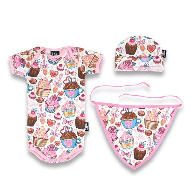 Cupcakes Gift Set by Six Bunnies (S:0-3m, M:3-6m, L:6-12m)
