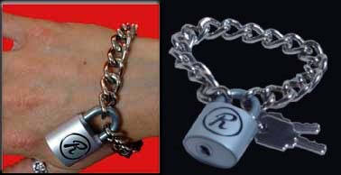 "Sid Vicious Rabbit ""R"" working padlock bracelet with keys"