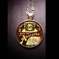 Absinthe Necklace by Horribell