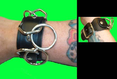 3 Ring bondage bracelet- Black Leather